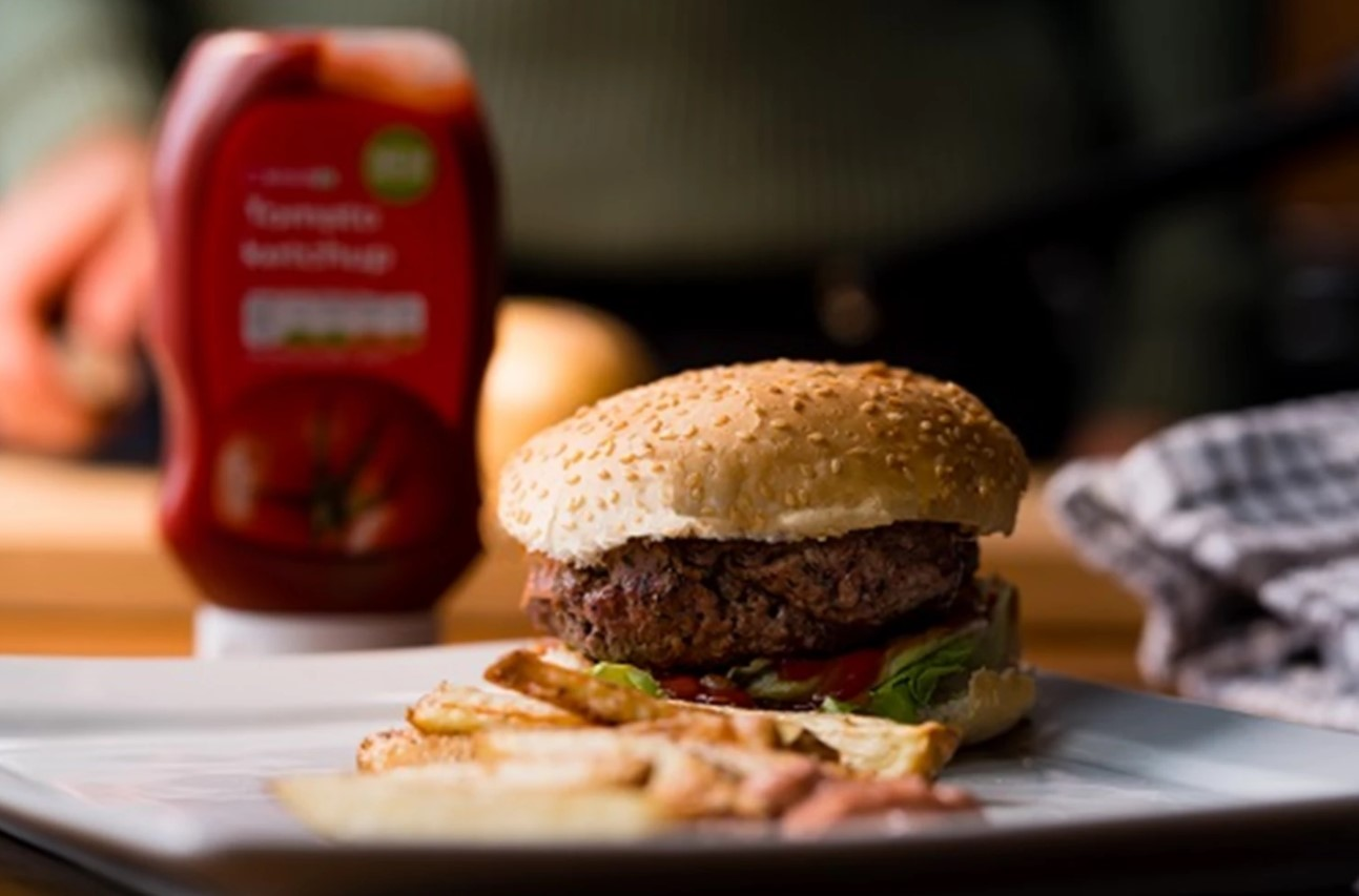 The Fitness Chef S Smoky Paprika Beef Burger